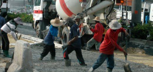 Таиланд разрешил работать иностранцам в 11 профессиях