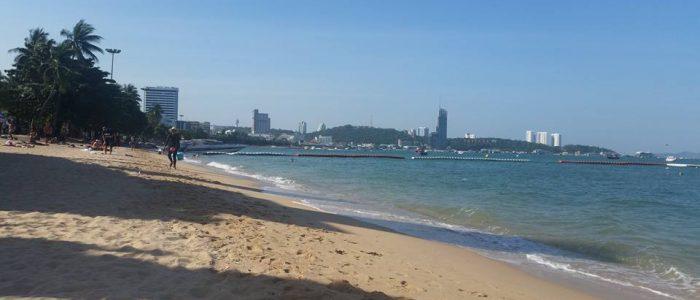 Море и пляжи в Паттайе в августе