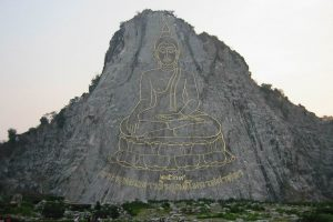 Изображение Будды на скале Кхао Чи Чан