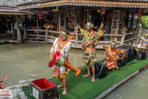Парад лодок с музыкальным сопровождением
