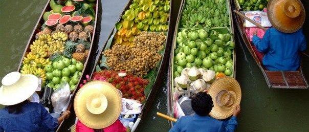 Фестиваль-ярмарка на воде в Паттайе