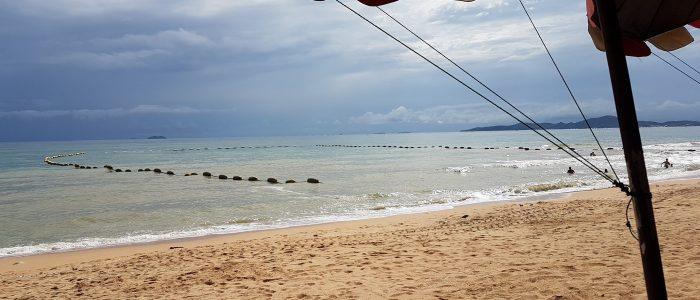 Море и пляжи в Паттайе в июле