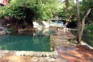 Горячий радоновый источник Хиндад в Канчанабури