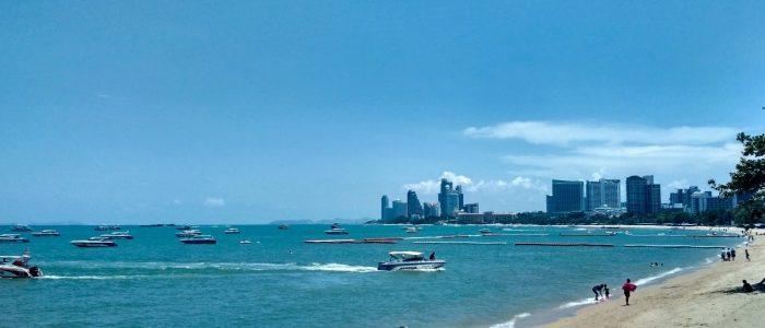 Море и пляжи в Паттайе в мае