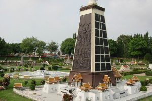 Храм Ват Тхаммамонгкхон в Бангкоке