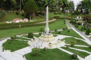 Монумент Свободы в Бангкоке