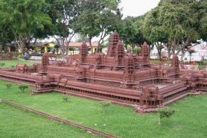 Храмы Ангкор-Ват и Байон