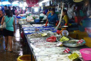 Рыбный рынок в Наклуа