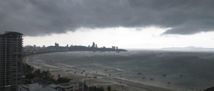 Буря в Паттайе в сентябре