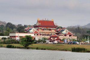 Китайский храм Viharnra Sien