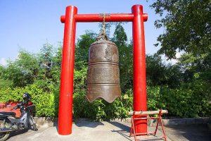 """Большой колокол – копия из королевского дворца в Пекине """"Bei Jing"""""""